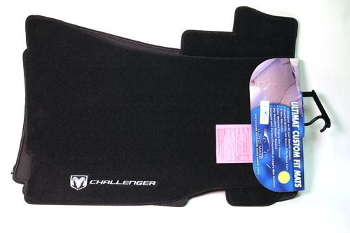 Lloyds Floor Mats Dark Grey with Silver Challenger Logo and Emblem (2008-11) UM-CHL4-DKGR-S